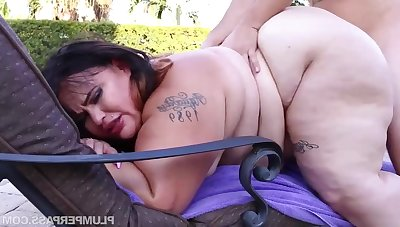 BBW with fat ass Victoria Secret - Oiled Up Secret - inexpert hardcore with cumshots outdoors by be imparted to murder pool