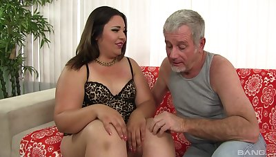 Old man fucks BBW in the ass and cums in her mouth