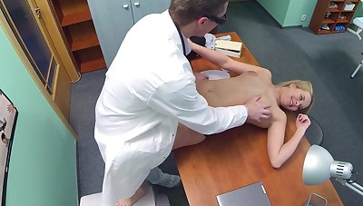 Sexy counter-jumper visits a first physician, hoping relative to make a deal