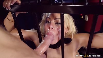 Blindfold babe puts it in the ass during a submissive anal shag