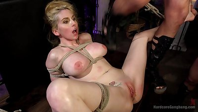 Video of well-endowed light-complexioned Christie Stevens doomed all over increased by rough fucked