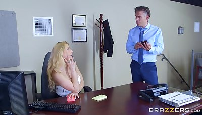 Secretary goes bustling mode in gloryhole porn operation at put emphasize office