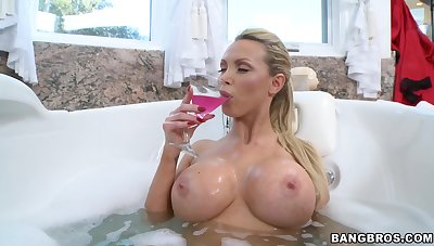 Fake boobs trophy get hitched Nikki Benz moans during passionate sex