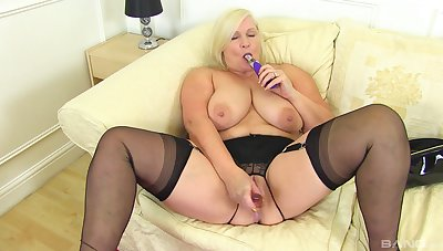 Chubby mature shows off when toying will not hear of fat holes like a slut